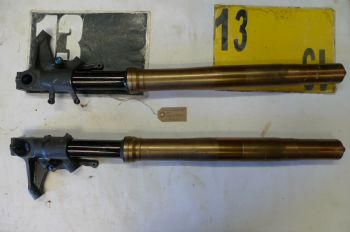 SUZUKI GSXR1000 K7 BREAKING. FORKS (WEB-STOCK))((A=SK)) YELLOW 13 BIKE BREAKERS (CON-A)